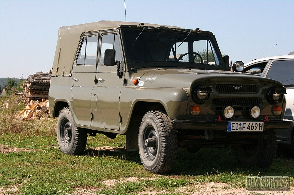 hanter2 uaz hanter fotogallery uaz service. Black Bedroom Furniture Sets. Home Design Ideas